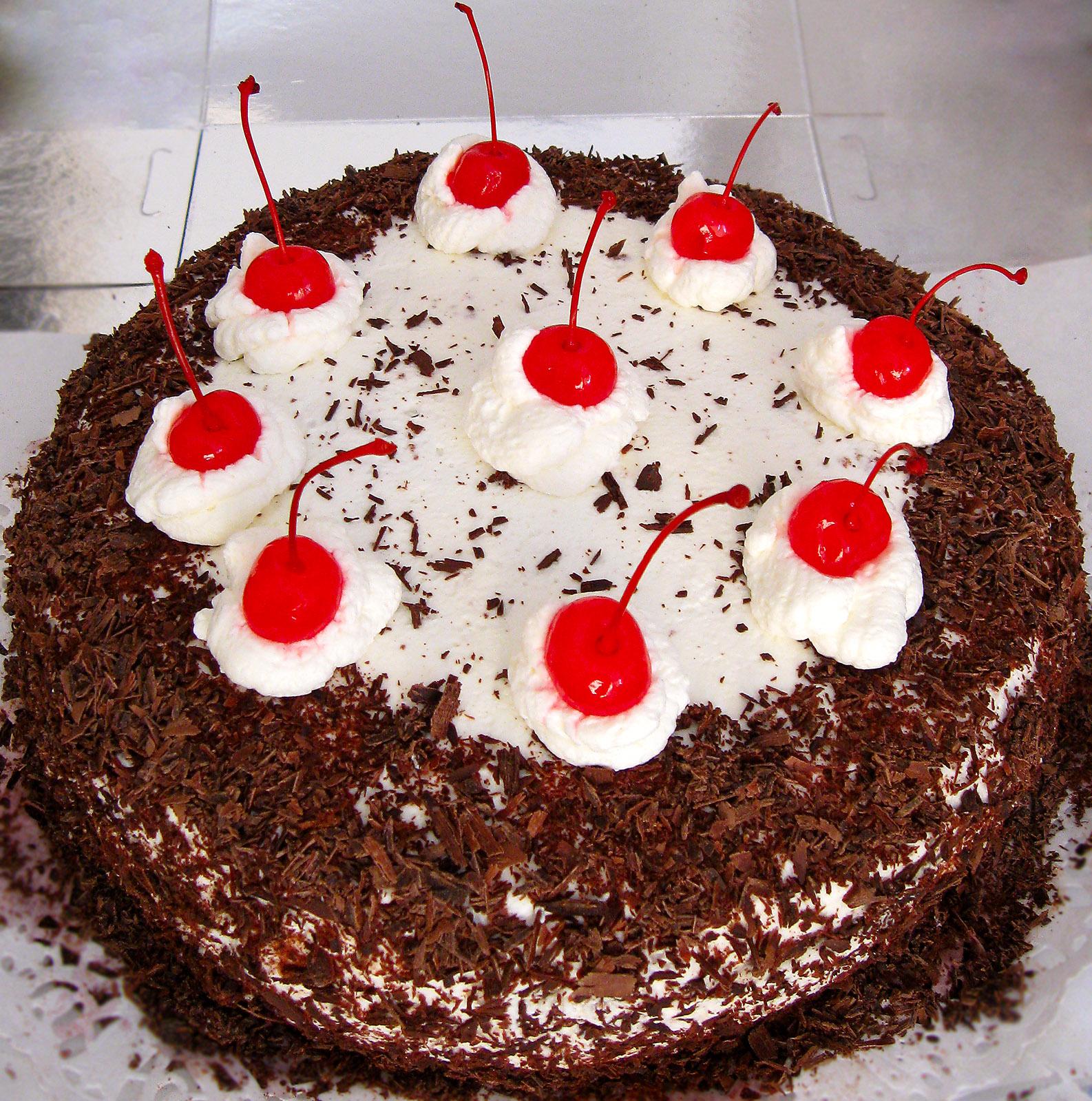 Вишневый торт Черный лес
