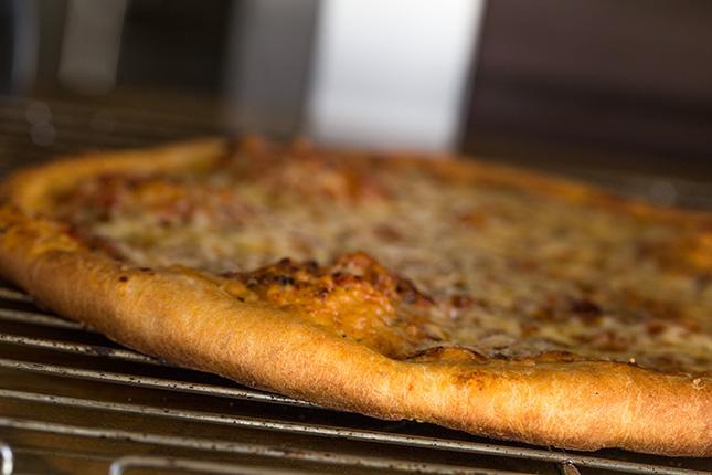 Миниатюра к статье Итальянское тесто для пиццы на сухих дрожжах— уже много лет пеку только на нем