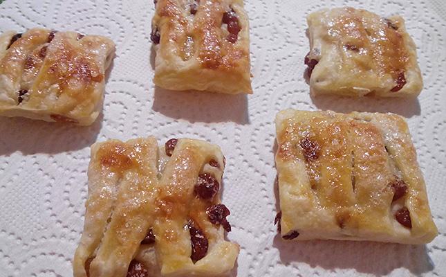 Миниатюра к статье По следам Гарибальди: Ленивое печенье из слоеного бездрожжевого теста