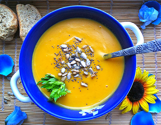 Миниатюра к статье Крем-суп из тыквы со сливками и другие вкусняшки с национальным колоритом